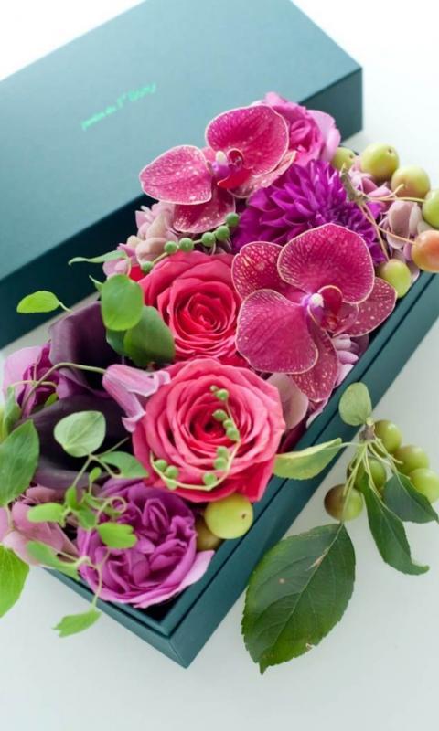 Купить 100 роз в москве