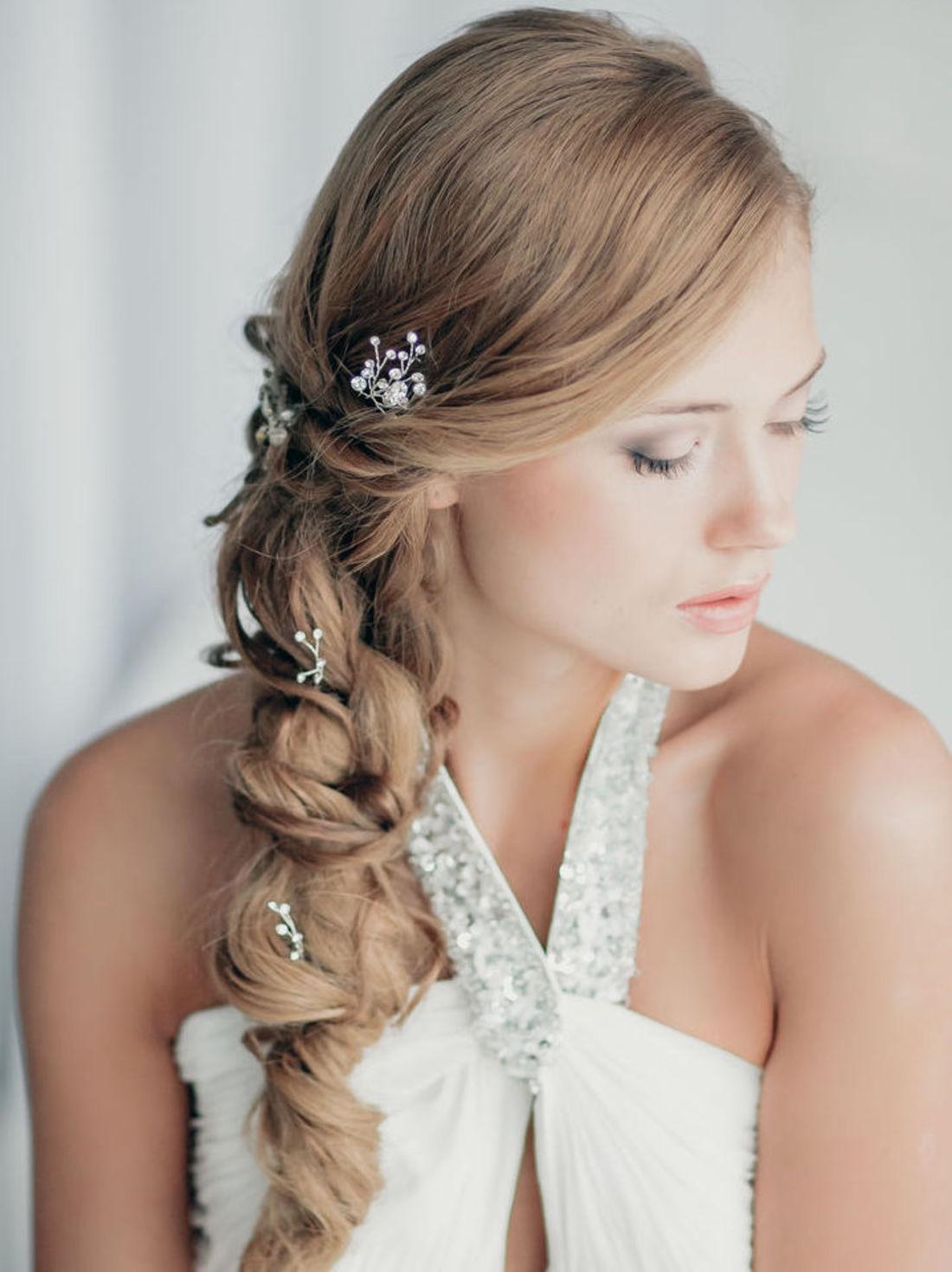 Свадебные прически плетение на бок фото