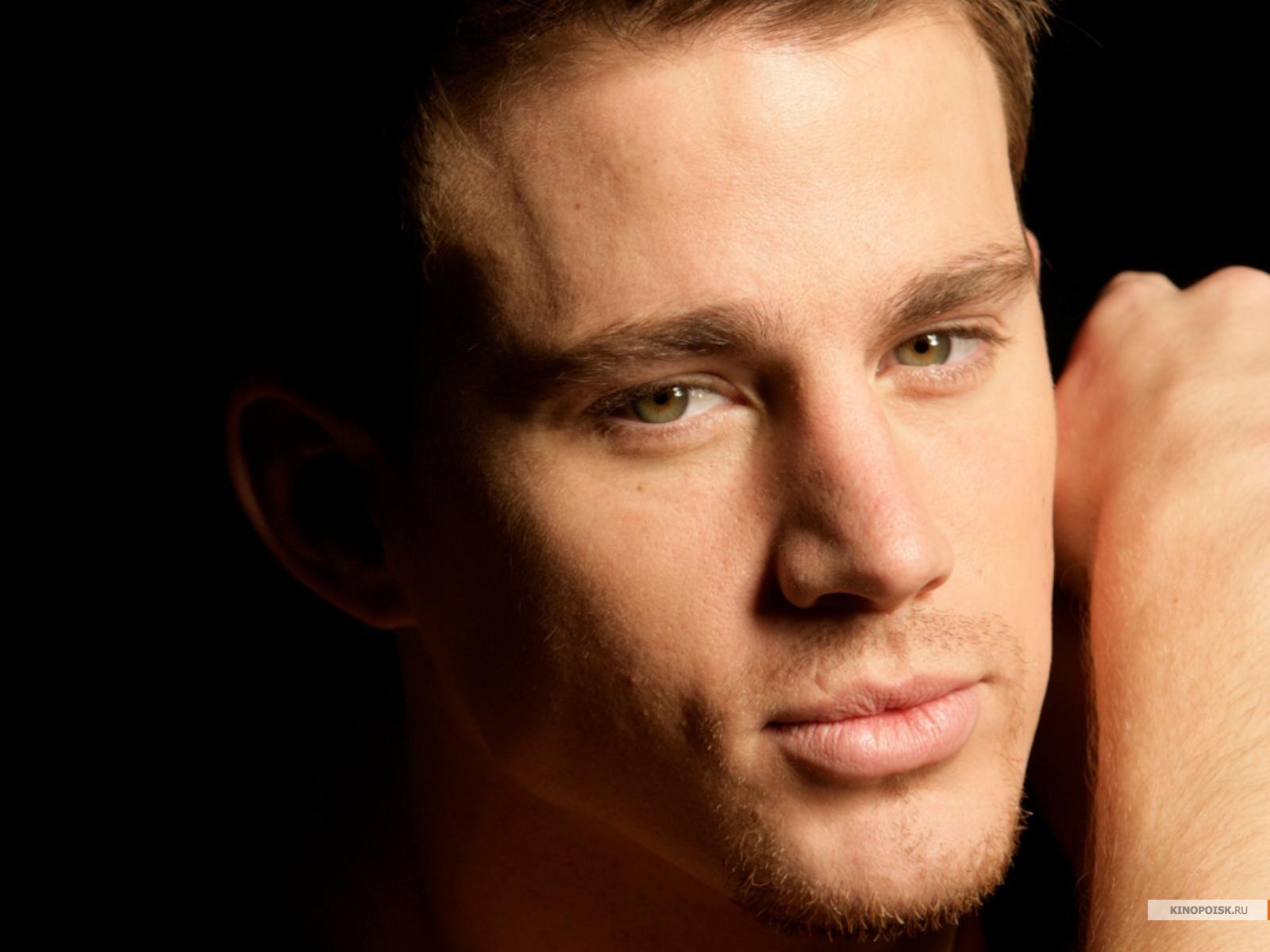 Самые красивые зарубежные актеры мужчины 17 фотография