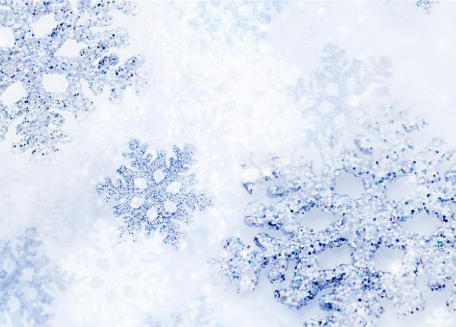 Как сделать снежинки на елку своим руками