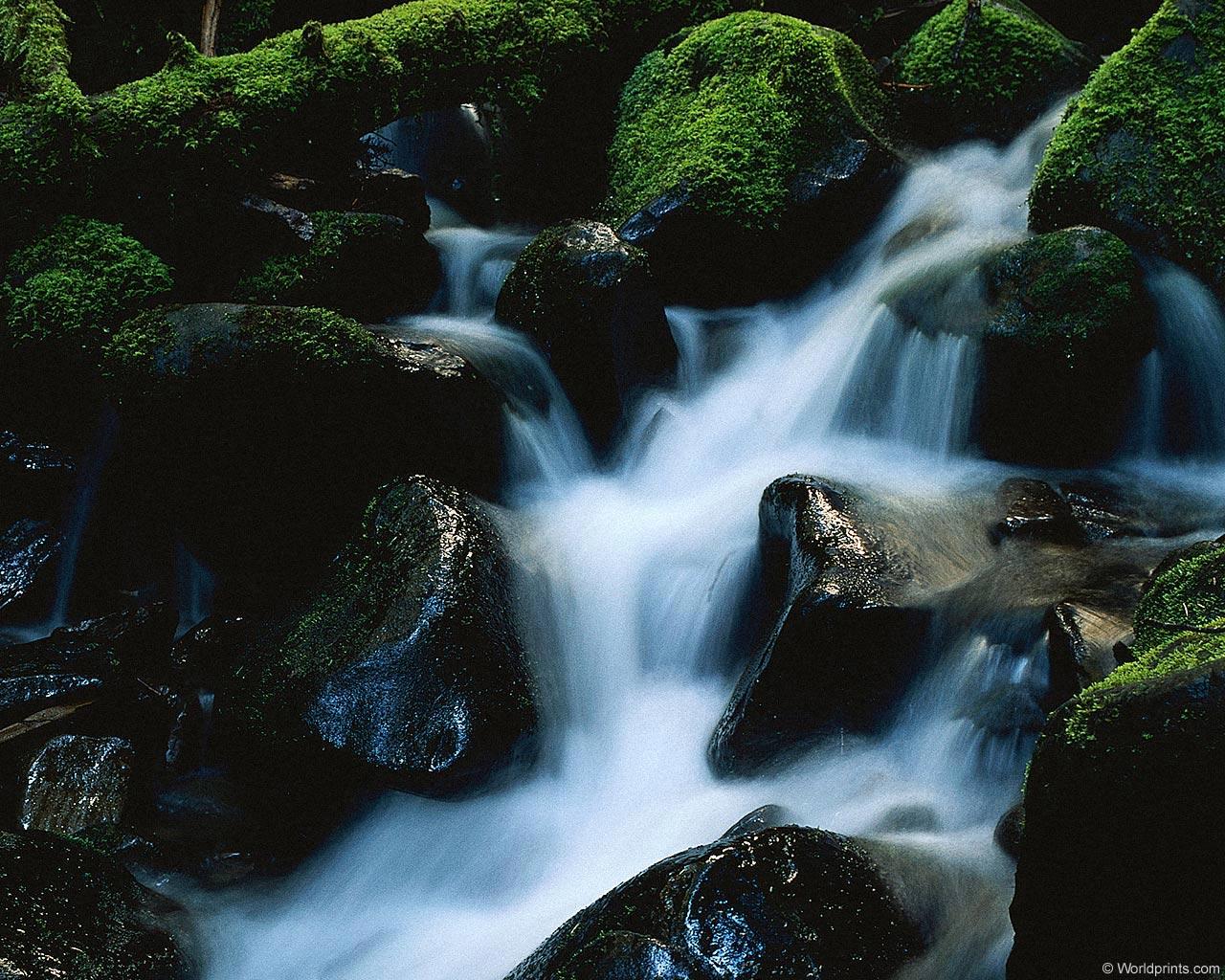 Водопад 1280 x 1024